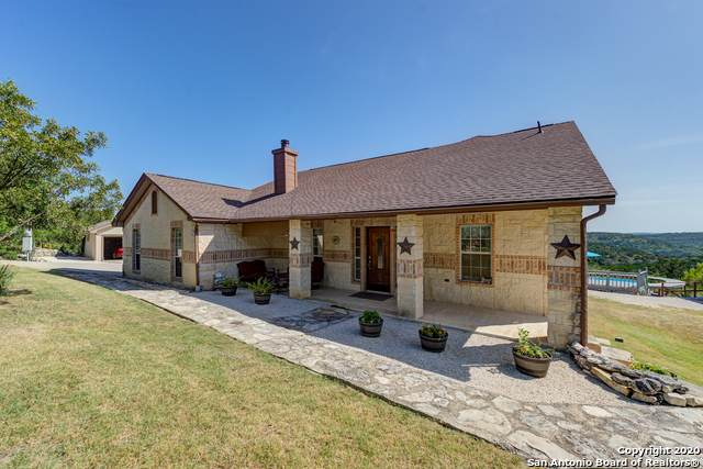 189 County Road 2750, Mico, TX 78056 (MLS #1468202) :: Alexis Weigand Real Estate Group