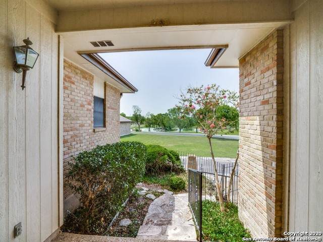 6103 Brook Falls, Windcrest, TX 78239 (MLS #1468234) :: Alexis Weigand Real Estate Group