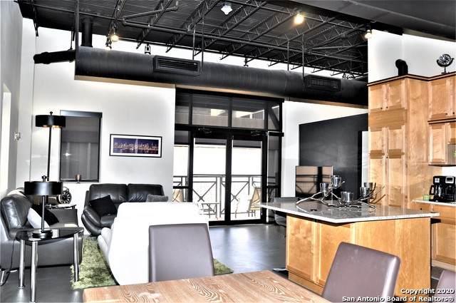 214 E Travis St #402, San Antonio, TX 78205 (MLS #1468613) :: Alexis Weigand Real Estate Group