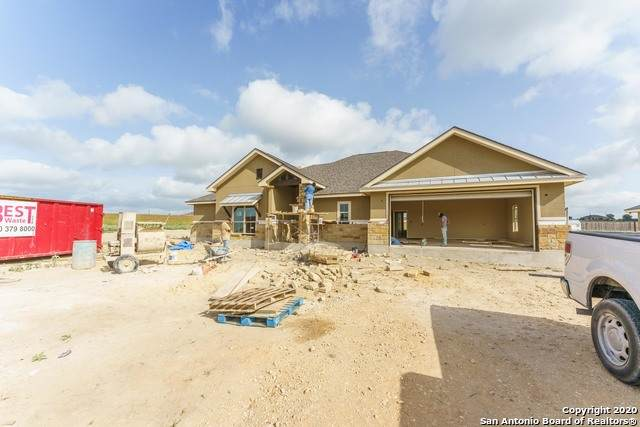 138 Pine Valley Dr, La Vernia, TX 78121 (MLS #1468673) :: Legend Realty Group