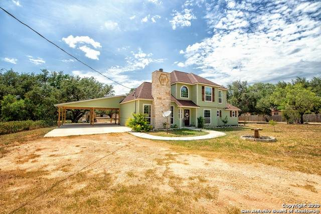 1211 Devine Dr, Devine, TX 78016 (MLS #1469123) :: Alexis Weigand Real Estate Group