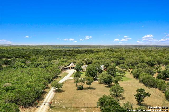 110 Canyon Ridge Dr, Boerne, TX 78006 (MLS #1469154) :: Neal & Neal Team