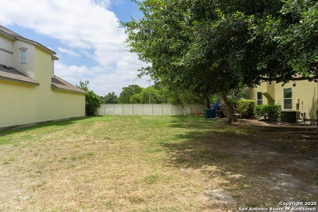 13 Stafford Ct, San Antonio, TX 78217 (MLS #1469330) :: Alexis Weigand Real Estate Group