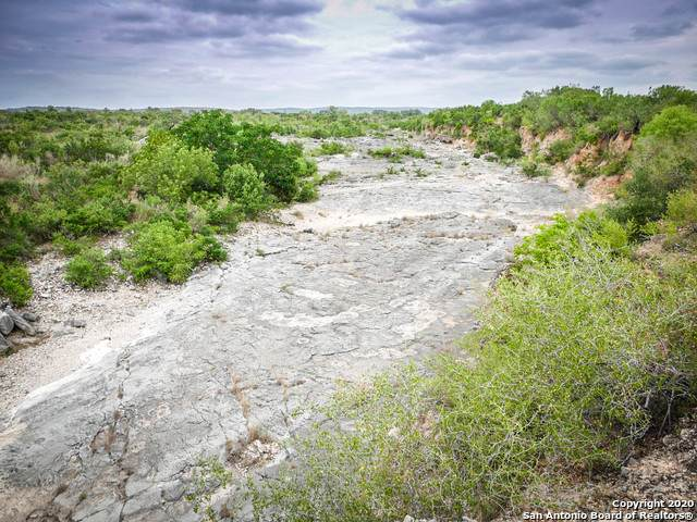 000 Hwy 127, Sabinal, TX 78861 (MLS #1469530) :: The Gradiz Group