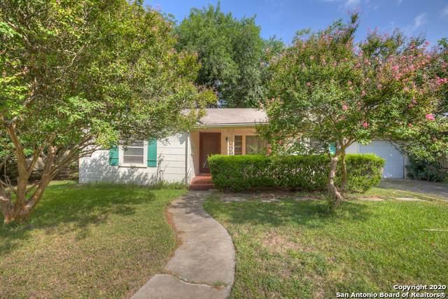 852 W Coll St, New Braunfels, TX 78130 (MLS #1469635) :: Berkshire Hathaway HomeServices Don Johnson, REALTORS®