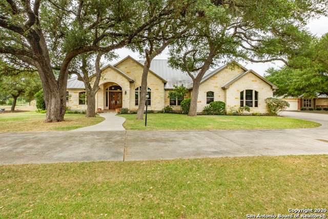 415 Redland Dr, Spring Branch, TX 78070 (MLS #1469669) :: Santos and Sandberg