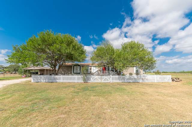 2544 Cr 306, Floresville, TX 78114 (MLS #1469703) :: Alexis Weigand Real Estate Group