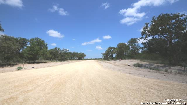 LOT 281 Clarence Dr, Floresville, TX 78114 (MLS #1469725) :: The Castillo Group