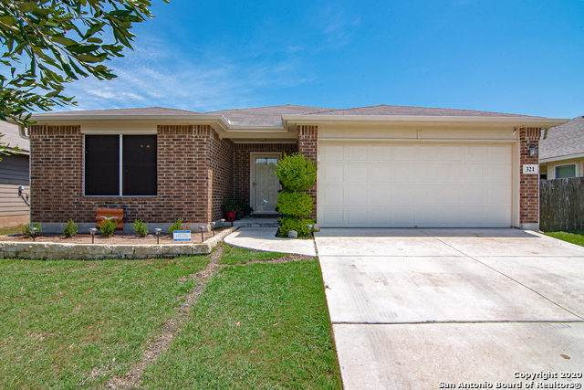 321 Chisholm Trail, Seguin, TX 78155 (MLS #1469910) :: Alexis Weigand Real Estate Group