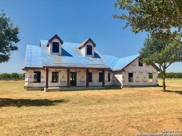 148 W Tree Farm Drive, Lytle, TX 78052 (MLS #1469919) :: Reyes Signature Properties