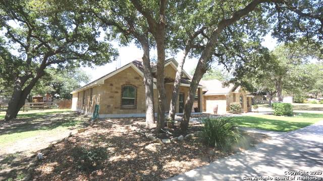144 Copper Ridge Dr, La Vernia, TX 78121 (MLS #1470191) :: Alexis Weigand Real Estate Group
