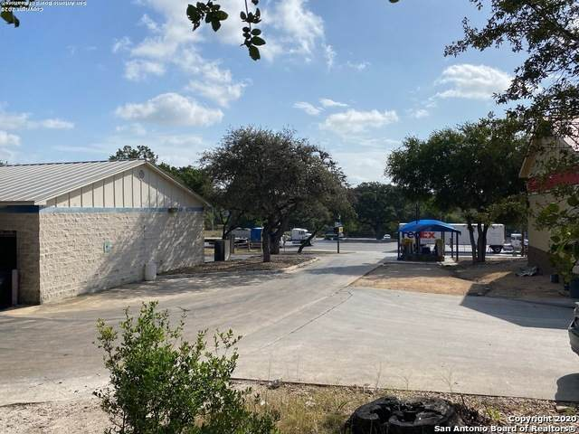 3905 Fm 3009, Schertz, TX 78154 (MLS #1470346) :: The Gradiz Group