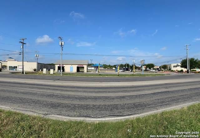 1920 S Seguin Ave, New Braunfels, TX 78130 (MLS #1470468) :: The Heyl Group at Keller Williams