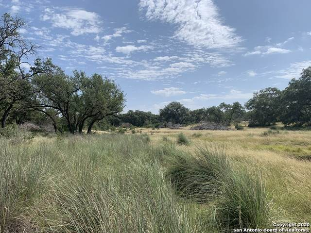 TBD English Crossing Road, Bandera, TX 78003 (MLS #1470969) :: 2Halls Property Team | Berkshire Hathaway HomeServices PenFed Realty