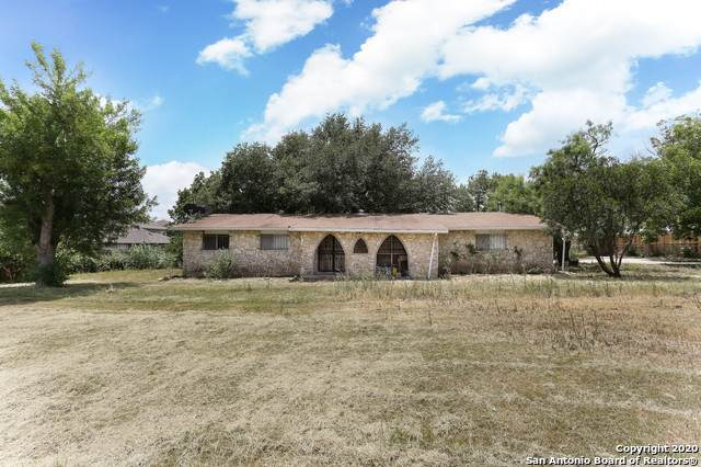 5227 E Fm 1518, St Hedwig, TX 78152 (MLS #1471025) :: 2Halls Property Team | Berkshire Hathaway HomeServices PenFed Realty