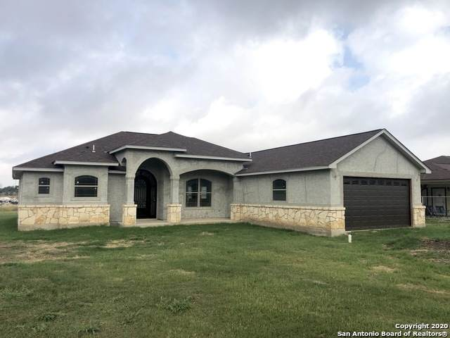11211 Obrien Rd, Atascosa, TX 78002 (MLS #1471128) :: The Rise Property Group