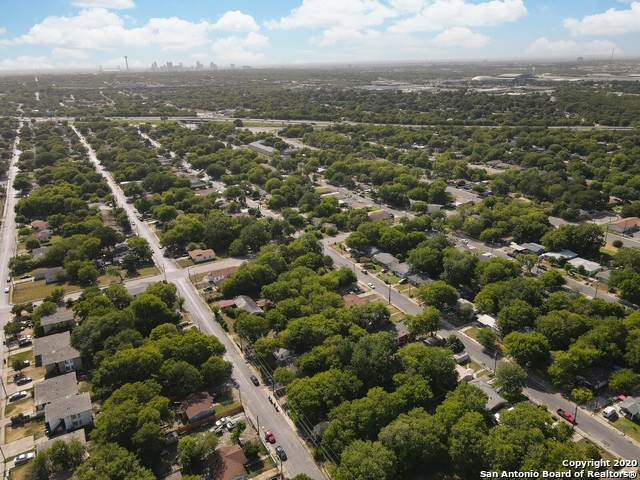 635 Lincolnshire Dr, San Antonio, TX 78220 (MLS #1471183) :: The Glover Homes & Land Group