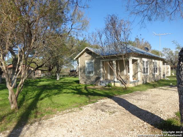 21098 S State Highway 16, Von Ormy, TX 78073 (MLS #1471362) :: Carolina Garcia Real Estate Group