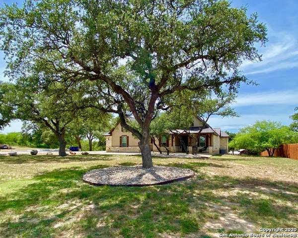 110 Passade, New Braunfels, TX 78132 (MLS #1471379) :: 2Halls Property Team | Berkshire Hathaway HomeServices PenFed Realty