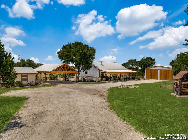 106 Hunters View Cir, Boerne, TX 78006 (MLS #1471628) :: Alexis Weigand Real Estate Group