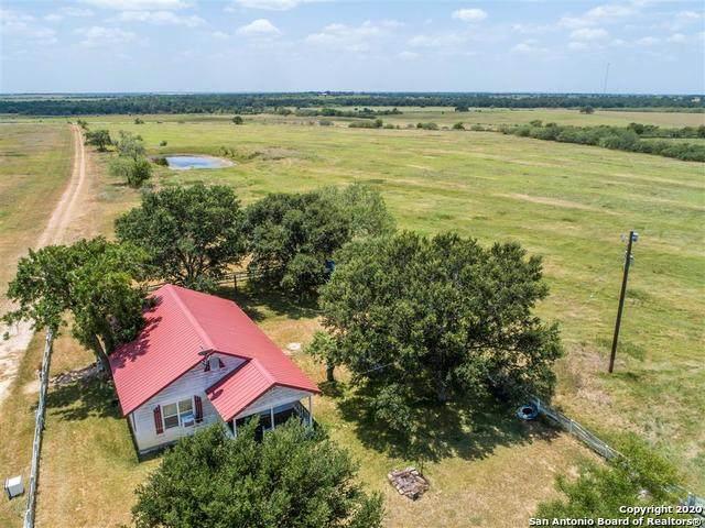 2463 Fm 1296, Waelder, TX 78959 (MLS #1471749) :: Alexis Weigand Real Estate Group