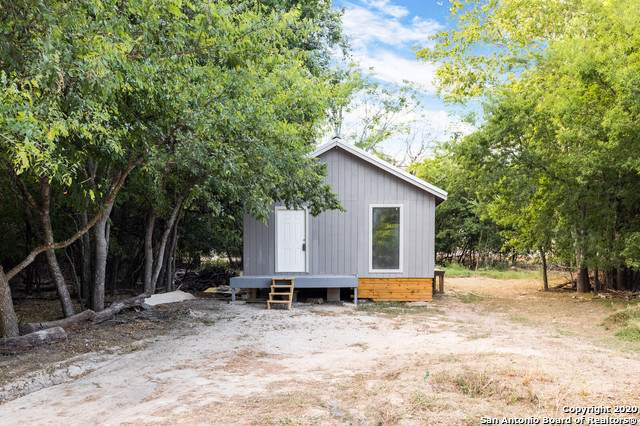 132 Broken Bow Dr, Bandera, TX 78003 (MLS #1472059) :: Carolina Garcia Real Estate Group
