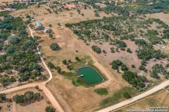3145 County Road 401, Floresville, TX 78114 (MLS #1472537) :: The Glover Homes & Land Group