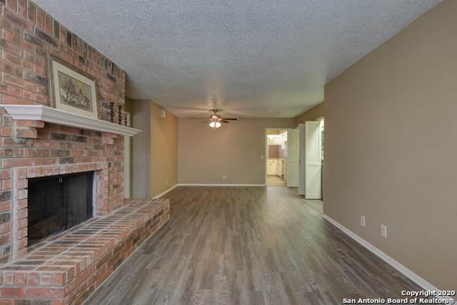 7500 Callaghan Rd #212, San Antonio, TX 78229 (MLS #1472775) :: Reyes Signature Properties