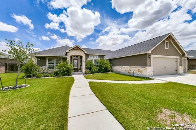 112 Fairway Dr, Floresville, TX 78114 (MLS #1472861) :: Alexis Weigand Real Estate Group