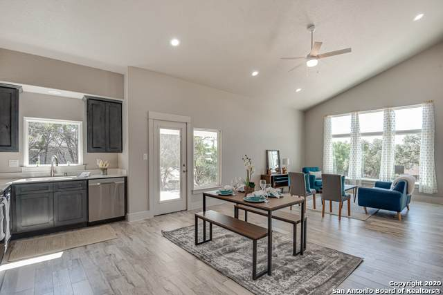 1273 Live Oak Dr, Spring Branch, TX 78070 (MLS #1473527) :: Alexis Weigand Real Estate Group