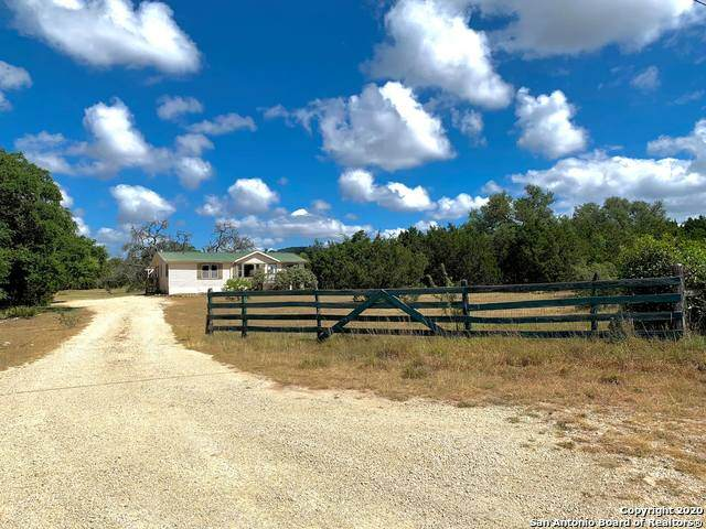 8328 Park Road 37, Lakehills, TX 78063 (MLS #1473536) :: Alexis Weigand Real Estate Group