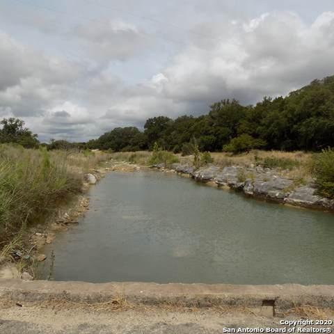 324#4 Waring Welfare, Boerne, TX 78006 (MLS #1473671) :: The Castillo Group