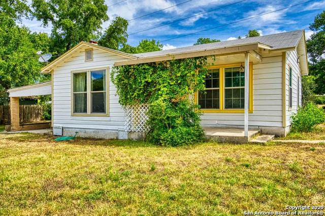 1324 5th St, Kerrville, TX 78028 (MLS #1473687) :: Alexis Weigand Real Estate Group