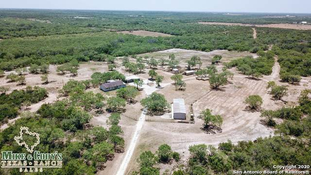 1180 Cr 340, Jourdanton, TX 78026 (MLS #1473798) :: NewHomePrograms.com LLC
