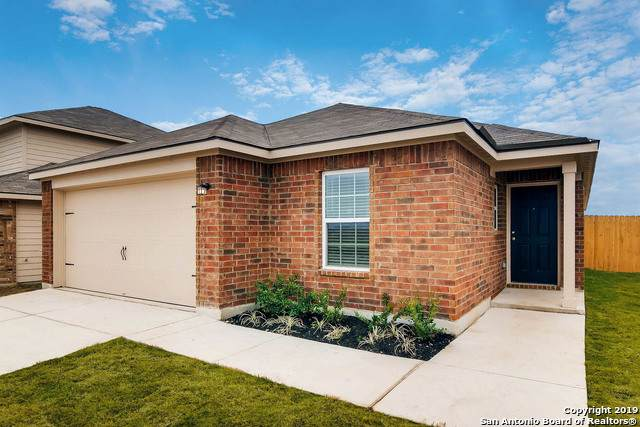 15153 Silvertree Cove, Von Ormy, TX 78073 (MLS #1474021) :: Alexis Weigand Real Estate Group