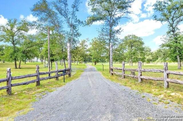 6355 County Road 434, Stockdale, TX 78160 (MLS #1474105) :: The Heyl Group at Keller Williams