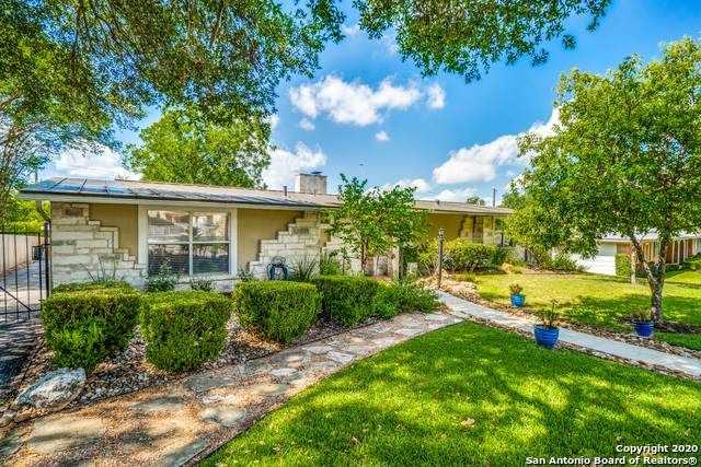 904 Canterbury Hill St, Terrell Hills, TX 78209 (MLS #1474111) :: Alexis Weigand Real Estate Group