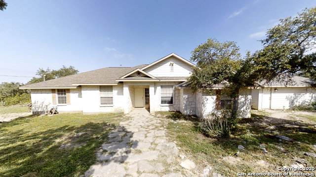 230 County Road 2740, Mico, TX 78056 (MLS #1474127) :: 2Halls Property Team | Berkshire Hathaway HomeServices PenFed Realty