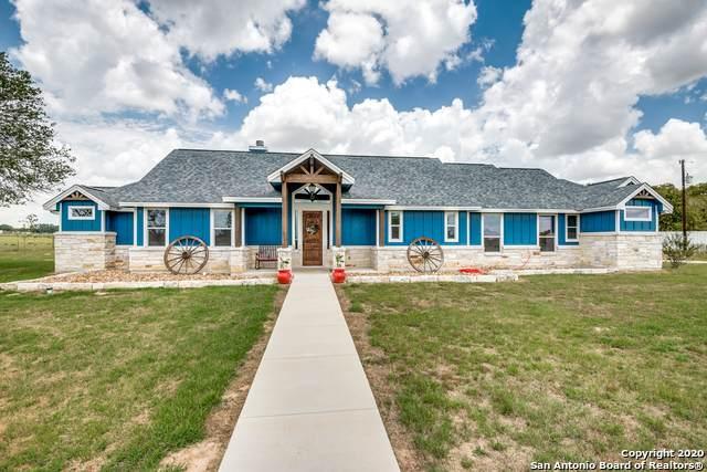 1250 County Road 304, Floresville, TX 78114 (MLS #1474234) :: NewHomePrograms.com LLC