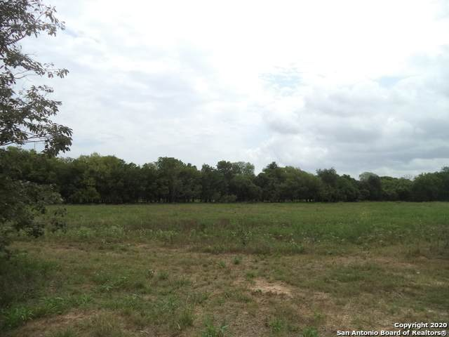 15433 W Lake St., Lytle, TX 78052 (MLS #1474317) :: NewHomePrograms.com LLC