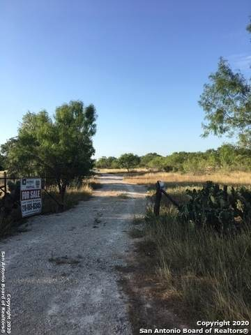 TBD 00 2200 ESM Fm 2200 Esm, Yancey, TX 78886 (MLS #1474345) :: The Glover Homes & Land Group