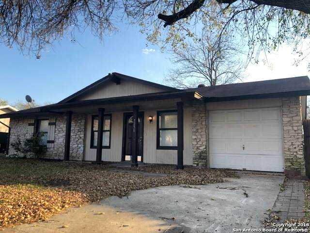 7230 Glen Pt, San Antonio, TX 78239 (MLS #1474516) :: The Glover Homes & Land Group