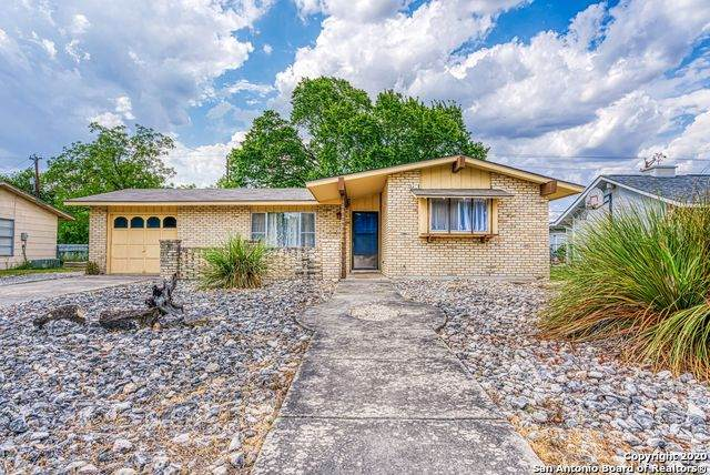 5409 Borchers Dr, Kirby, TX 78219 (MLS #1474631) :: The Glover Homes & Land Group