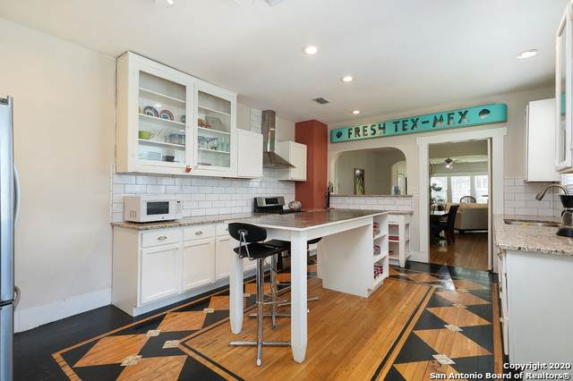 323 Carnahan St, San Antonio, TX 78209 (MLS #1474646) :: Berkshire Hathaway HomeServices Don Johnson, REALTORS®