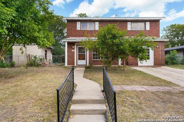 4102 Tropical Dr, San Antonio, TX 78218 (#1474656) :: The Perry Henderson Group at Berkshire Hathaway Texas Realty