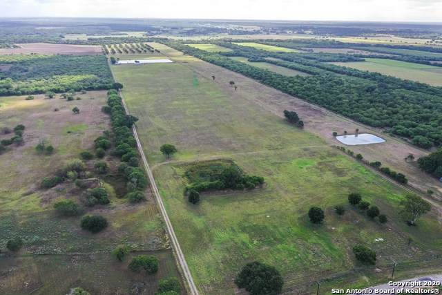 2540 County Road 342, La Vernia, TX 78121 (MLS #1474674) :: Vivid Realty