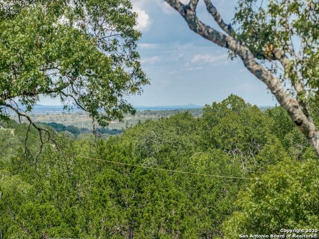 604 Rodeo Dr, Boerne, TX 78006 (MLS #1474763) :: Alexis Weigand Real Estate Group