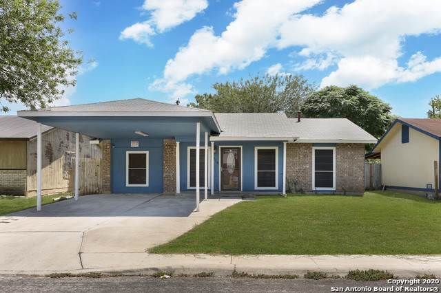6714 Paradise Oak Dr, San Antonio, TX 78227 (MLS #1474851) :: NewHomePrograms.com LLC