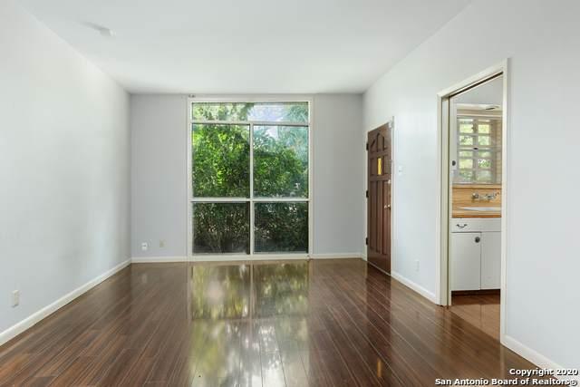307 Fantasia St, San Antonio, TX 78216 (MLS #1474911) :: Reyes Signature Properties