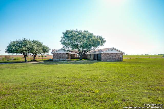 2105 Schwab Rd, Marion, TX 78124 (MLS #1475030) :: The Lugo Group